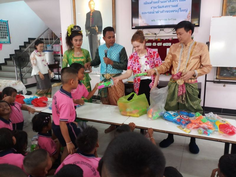 Anna-Louise Hannah in Pattaya